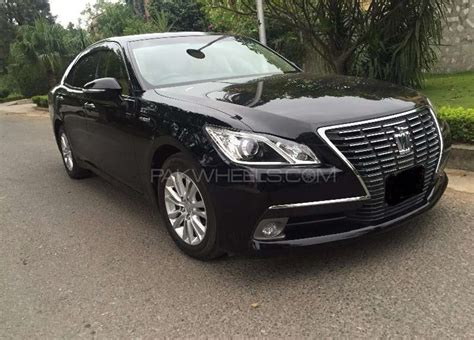 Toyota Crown Royal Saloon Toyota Crown Royal Saloon 2013 For Sale In Islamabad