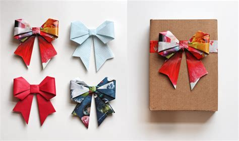 Origami Present Wrapping - how to make diy origami bows from recycled magazines wantist