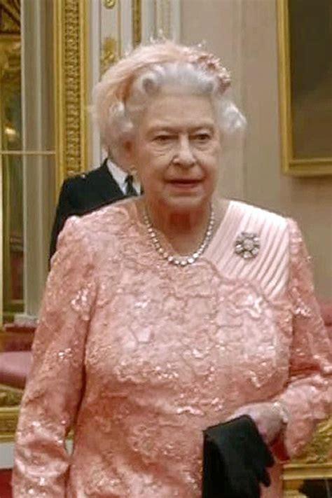 queen elizabeth ii house 68 best elizabeth in pink images on pinterest queen