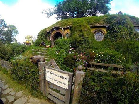 hobbit house pictures quot the quot hobbit house picture of hobbiton movie set tours