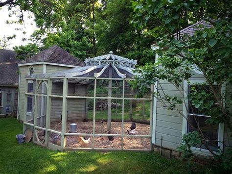 Cheap Backyard Deck Ideas Best 25 Cute Chicken Coops Ideas On Pinterest Chicken