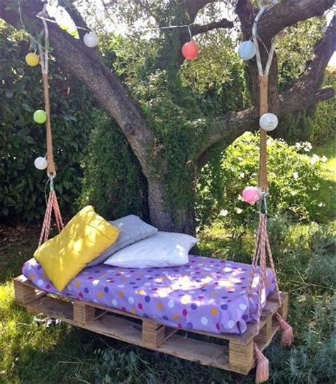 diy pallet swing bed easy diy pallet swing bed