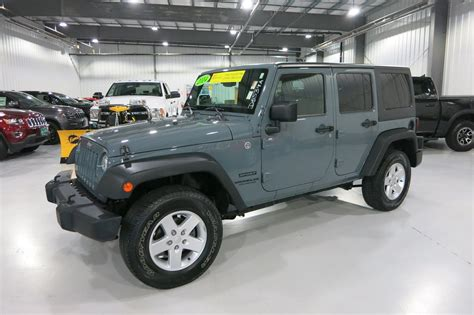 Pre Owned Jeep Pre Owned 2014 Jeep Wrangler Unlimited Sport Convertible