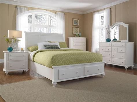 broyhill bedroom 17 best ideas about broyhill bedroom furniture on chalk paint bed bedroom furniture