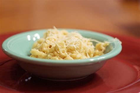 come cucinare il riso in bianco risotto in bianco mantecato con burro e parmigiano la ricetta
