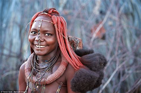 himba african tribe people pics see the amazing himba tribe of namibia their