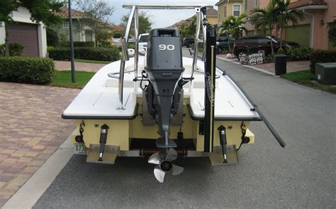 how many hours does a boat engine last sold 2005 17 7 quot man o war flats boat gause built sold