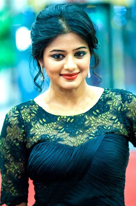 south heroine movie photos priyamani hot tamil and malayalam bikini actress photos