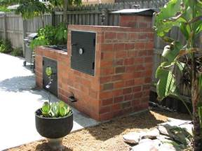 Backyard Brick Grill Backyard Brick Barbeques Dig This Design