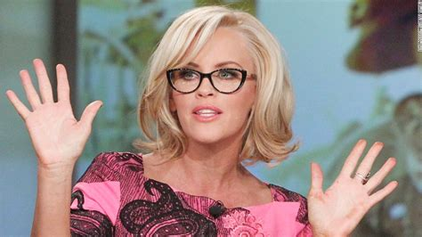 does jenny mccarthy have hair extensions stars rock short hair