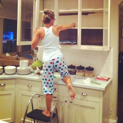 cleaning painted kitchen cabinets how to paint kitchen cabinets follow these easy tips