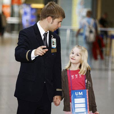 emirates unaccompanied minor airlines unaccompanied minor policies airlines services