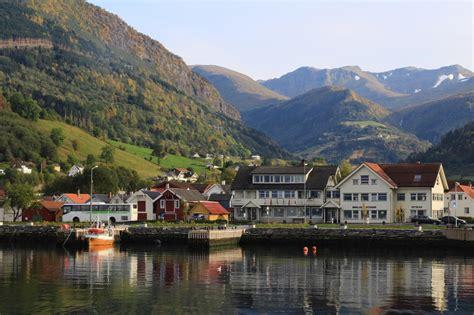 fjord travel norway oslo bergen flam railway sognefjord fjord travel norway