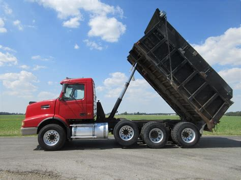 2004 volvo truck volvo dump trucks in indiana for sale used trucks on