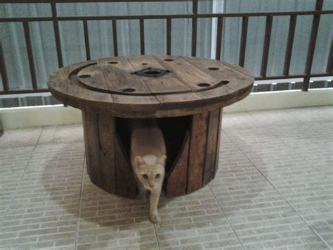 dog house table recycreations 187 blog archive 187 cable spool garden table dog house