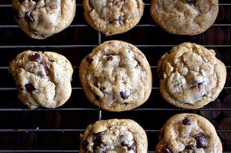 crispy chewy chocolate chip cookies recipe smitten