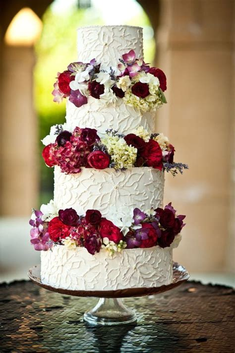floral piped buttercream wedding cake  luster