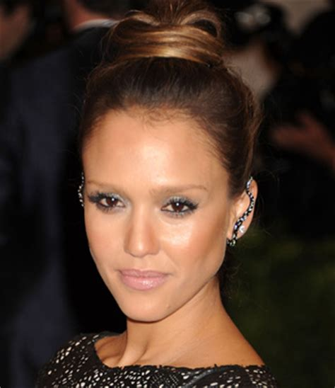 celeb inspired party hair and makeup tutorial: jessica alba