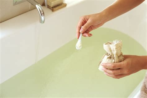 bath salts bathtub 11 benefits of epsom salt bath you didn t know about