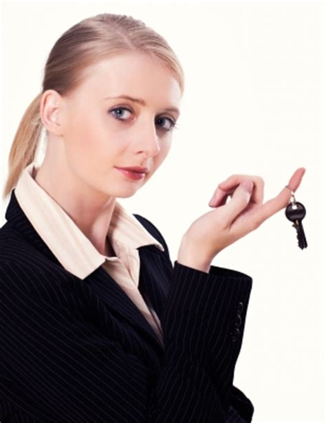 female real estate agents real estate agents get 3 more selling their own home than