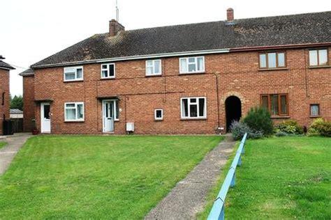 3 bedroom house to rent milton keynes houses to rent in milton keynes latest property onthemarket