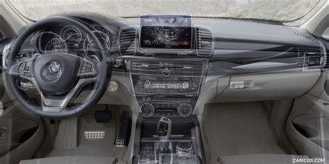 Bmw Vs Mercedes Interior by Bmw X5 Vs Mercedes Gle