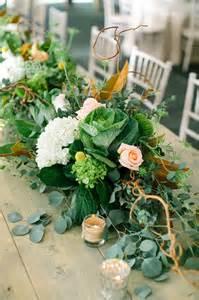 13 fabulous floral table runners for weddings mon cheri