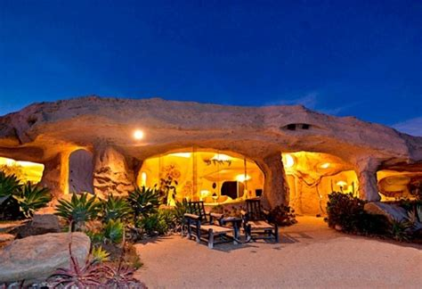 dick clark s flintstone house 5 coolest houses inspired by tv and film entertainment