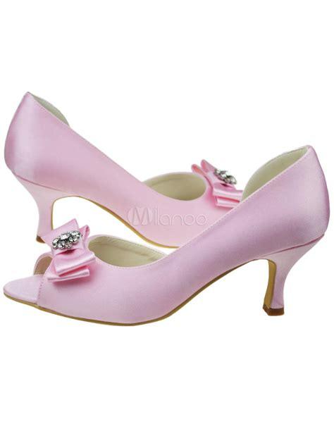 brautschuhe aus satin in rosa milanoo