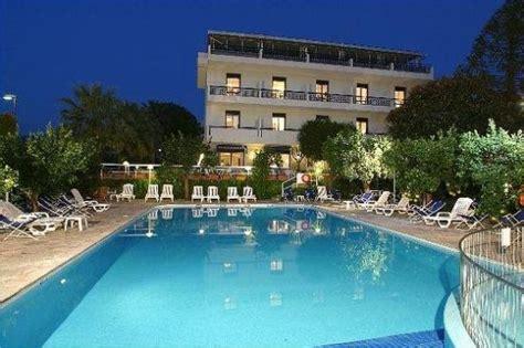 Alpha Hotel alpha hotel sant agnello italie voir les tarifs 13 avis et 432 photos