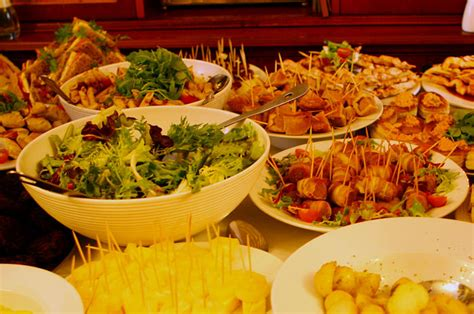 finger foods for a wedding the globe dartmoor accommodation