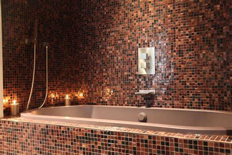 baignoire en mosaique une salle de bains orientale inspiration bain