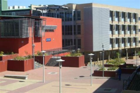 namibia university of science and technology   unm