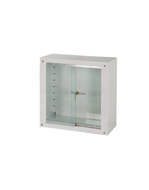 armadietti con ante scorrevoli armadietto vetrina ad ante scorrevoli in vetro