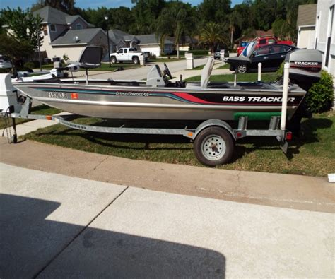 17 ft tracker boats for sale fishing boats for sale used fishing boats for sale by owner