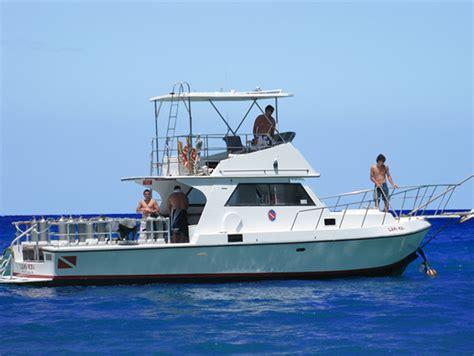 dive boat scuba diving kona big island hawaii