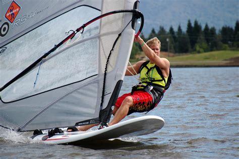 x fire boat windsurfing