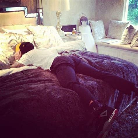 kardashian bedding kylie jenner paper and kendall jenner on pinterest