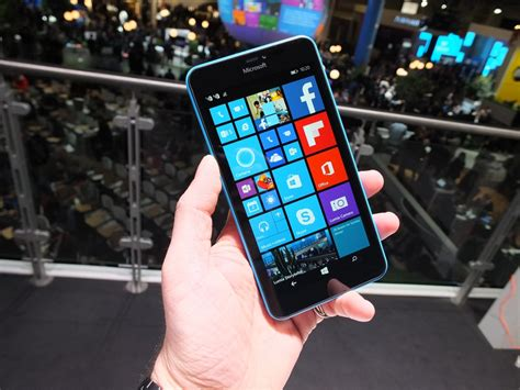 phone lumia 640 xl view image 10 on windows phone lumia 640 available now 640 xl arriving shortly