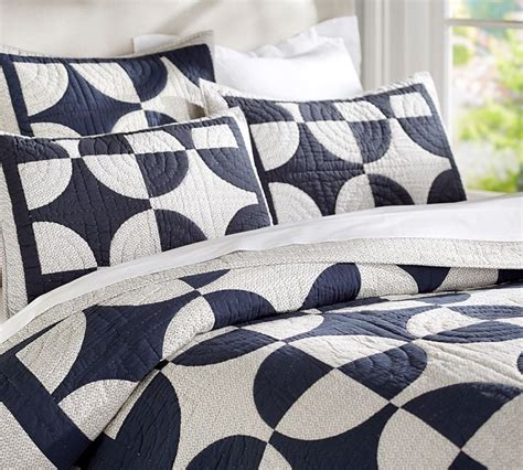 Navy Blue King Quilt New Pottery Barn Patchwork Circles King Quilt Shams Navy