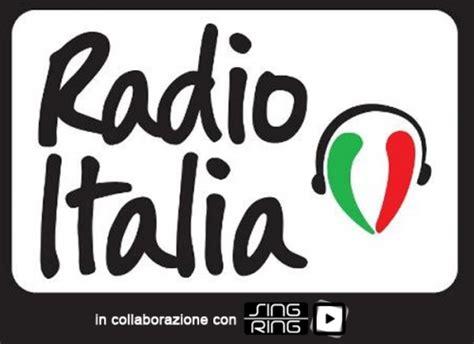 testo con la musica alla radio su radioitalia tutte le parole della musica italiana il