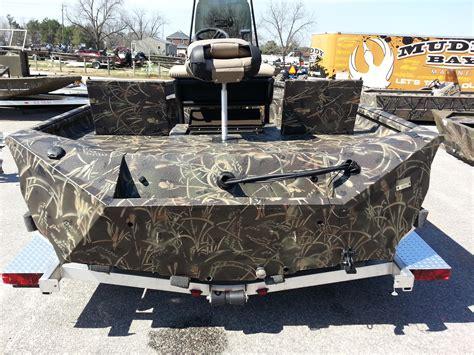 excel boats pro staff muddy bay excel 220 bay pro max 4 camo