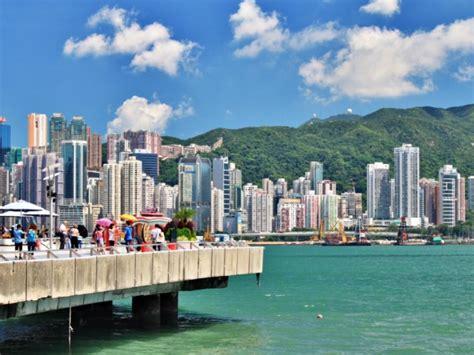 touristy     hong kong travel guide