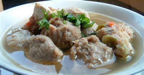 membuat bakso daging sendiri resep nenek bunda bikin bakso sapi kuah sendiri yuk