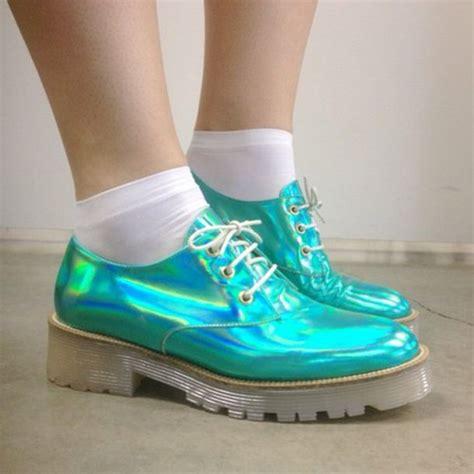 pastel oxford shoes shoes metallic blue oxfords oxfords holographic