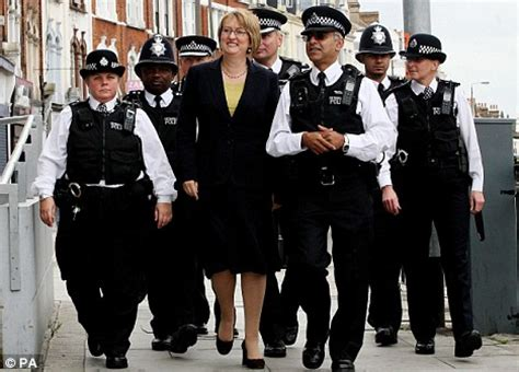 up to 6,000 more special constables to be put on the