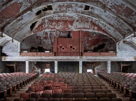abandoned places in america the eerie beauty of america s abandoned places the