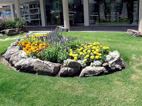 Rock Garden Ideas For Your Lovely House Midcityeast Rock Garden Design Ideas