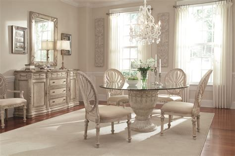 victorian style  caracole dining room small