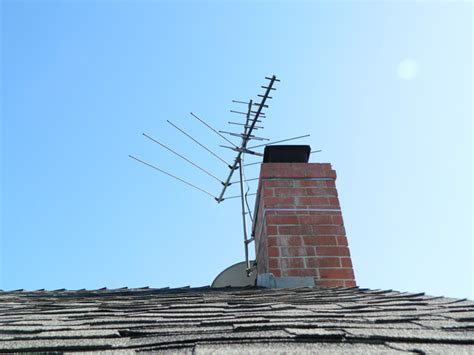 Tv Roof antenna roof rooftop television antenna